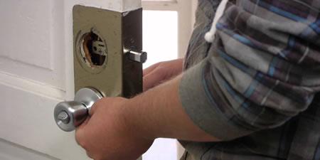 Door Lock Installation-9012