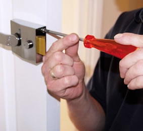 Locksmith Brantford-564